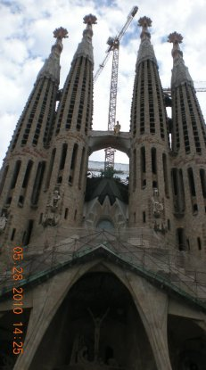 Voy- Barcelona, Basílica i Temple Expiatori de la Sagrada Família.jpg
