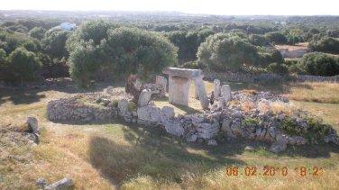 Voy- Menorca, Taula.jpg