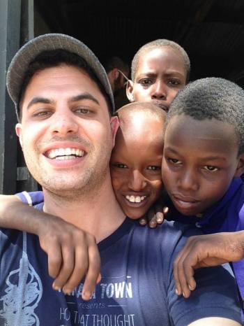 Voy- Tanzania, School.jpg